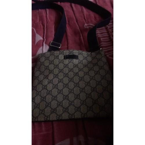 6281ec8dcd84 Sacoche Gucci - Achat vente de Prêt à porter - Rakuten
