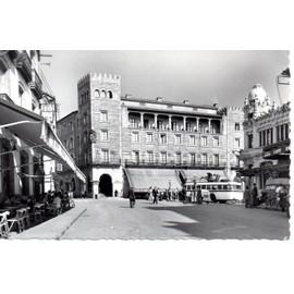 Santiago De Compostela, Plaza De Vigo (Saint Jacques De Compostelle, Place De Vigo, Caf�, Autocar)