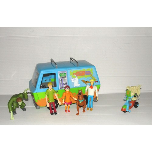 scooby doo scoubidou 7 figurines articul es camion ou van. Black Bedroom Furniture Sets. Home Design Ideas
