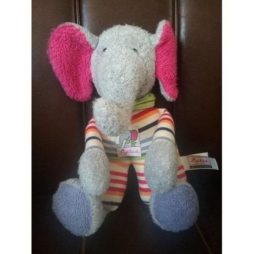 SIGIKID éléphant gris rose rayé multicolore foulard vert à pois 30 cm cc6222f6ae4