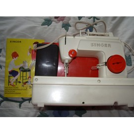 singer mini machine a coudre portable couture simple pas cher. Black Bedroom Furniture Sets. Home Design Ideas