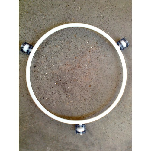 Support roulettes pour plateau en verre de four micro ondes brandt spoutnik - Micro onde brandt spoutnik ...