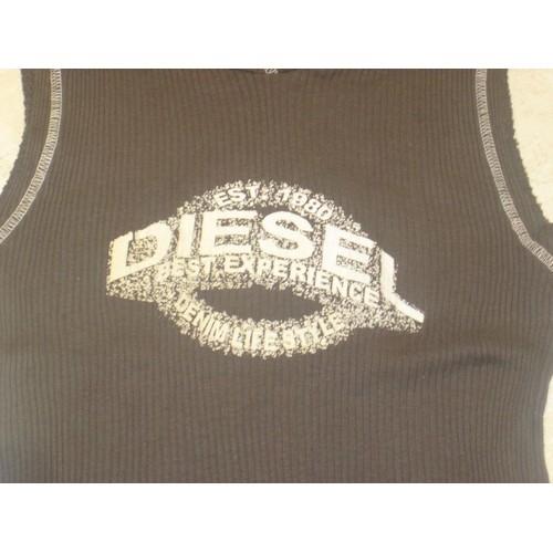 t-shirt-diesel-taille-38-40-voir-42-avec-capuche-pret-a -porter-857714887 L.jpg fc22f17797f4