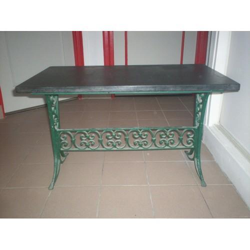 table basse ancienne en fer forge et marbre noir achat et vente. Black Bedroom Furniture Sets. Home Design Ideas