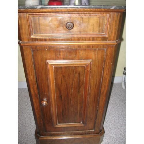 table de chevet ancienne en noyer achat vente de. Black Bedroom Furniture Sets. Home Design Ideas