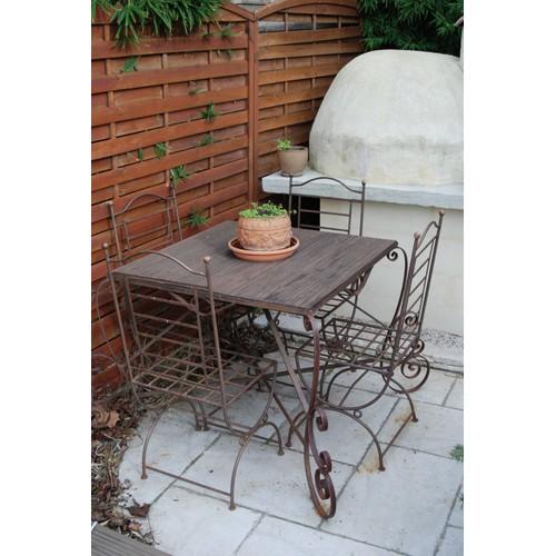 table et 4 chaises en fer forg achat et vente rakuten. Black Bedroom Furniture Sets. Home Design Ideas