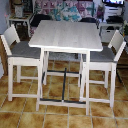 Table Haute De Bar Et 2 Tabourets De Bar à Dossier