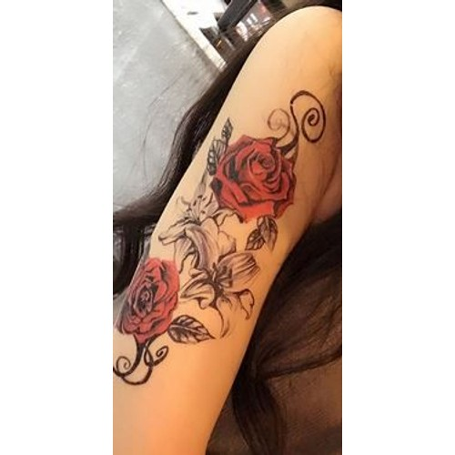 Tatouage Temporaire Ephemere Rose Rouge Et Fleurs Tatoo Epaule Cuisse