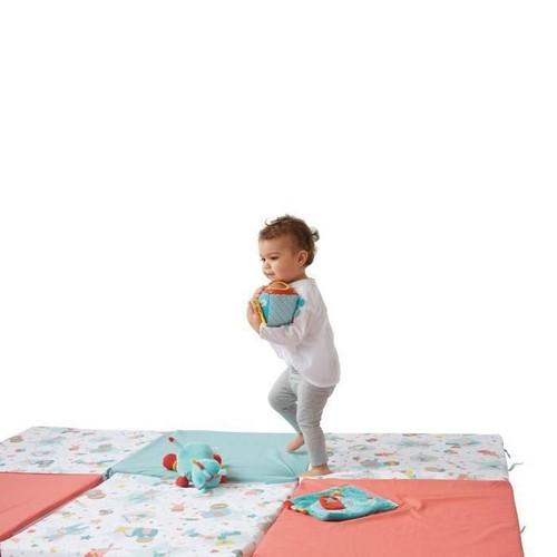 tineo maxi tapis malin circus pas cher priceminister rakuten. Black Bedroom Furniture Sets. Home Design Ideas