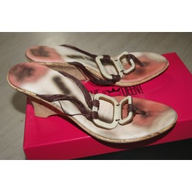 CHAUSSURES - TongsSave The Queen! Vlzqc89TK