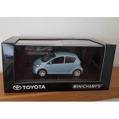 toyota miniature aygo minichamps achat vente neuf occasion rakuten. Black Bedroom Furniture Sets. Home Design Ideas