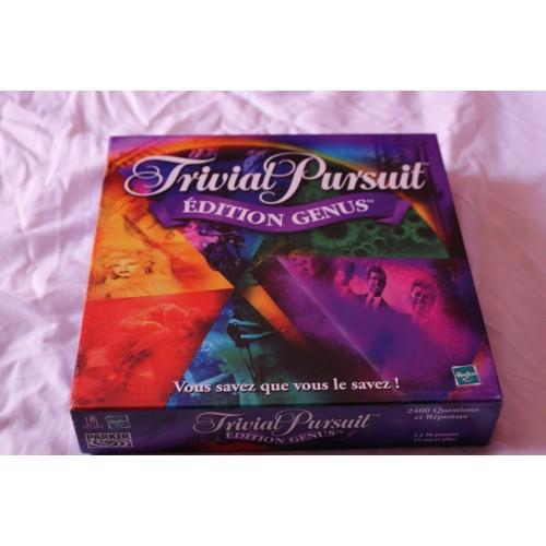 trivial pursuit edition genus dition 2001 achat et vente. Black Bedroom Furniture Sets. Home Design Ideas