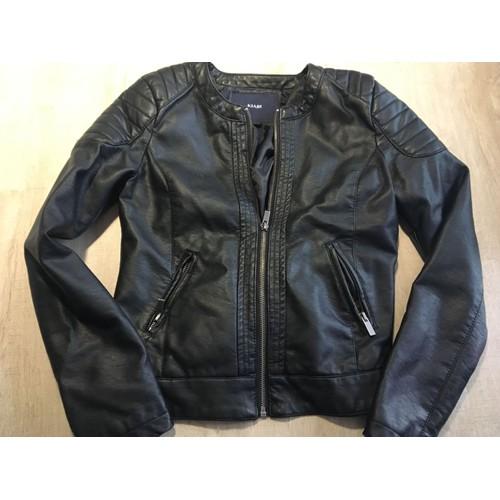 e0373b10365 veste-kiabi-courte-simili-cuir-12-ans-noire-1143653177 L.jpg