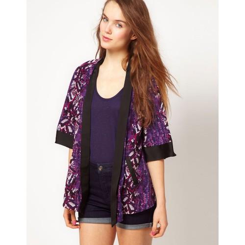 veste soir e style kimono imprim python chic fashion. Black Bedroom Furniture Sets. Home Design Ideas