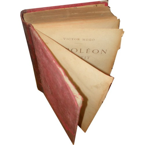Napoleon Le Petit Edition Illustree Par Mm J P Laurens E Bayard E Morin D Vierge Lix Chifflart Garcia H Scott Brun G Bellenger