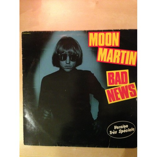Vinyle Moon Martin Bad News 1981 Capitol Records 45 Tours