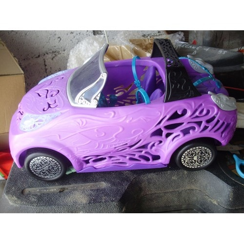 voiture monster high achat vente de jouet priceminister rakuten. Black Bedroom Furniture Sets. Home Design Ideas